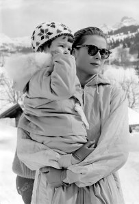 Grace Kelly apres ski fashion